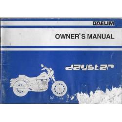 DAELIM 125 DAYSTAR DE 2000 (EN ANGLAIS)